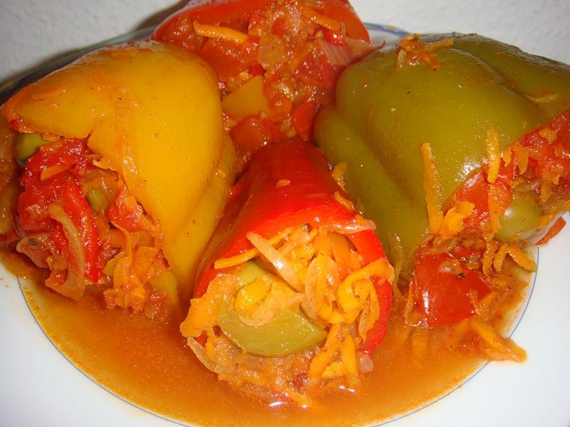 Вегетарианский фаршированный перец
