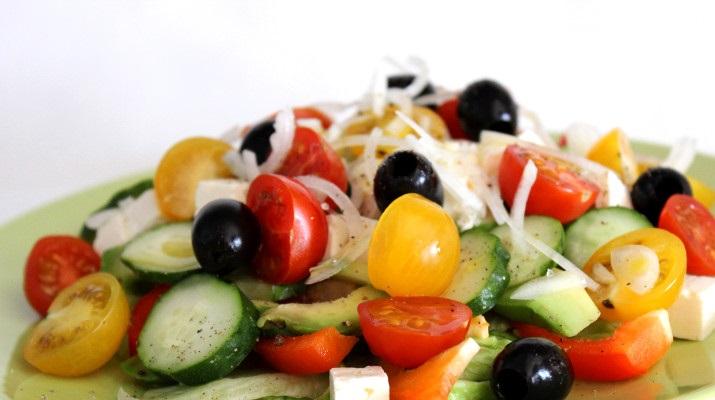 Вегетарианские овощные салаты