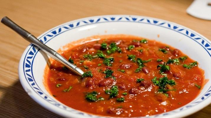 Суп из фасоли «Красное озеро»