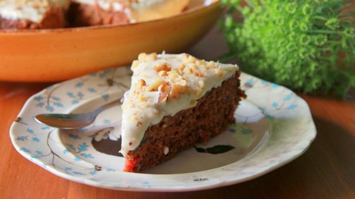 Отметим праздники вкусно: вегетарианский морковный торт