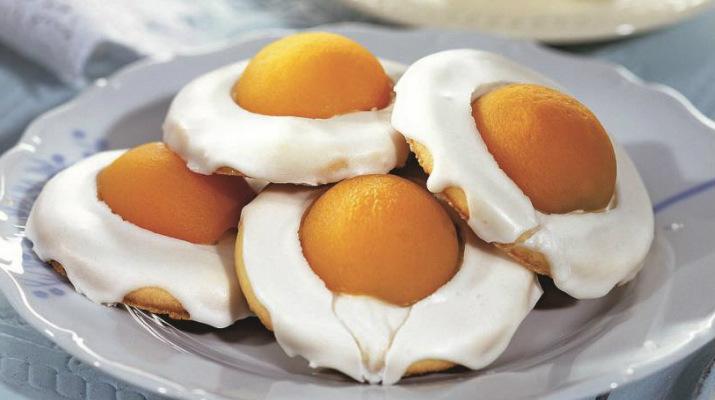 Оригинальное пасхальное печенье «Глазунья»