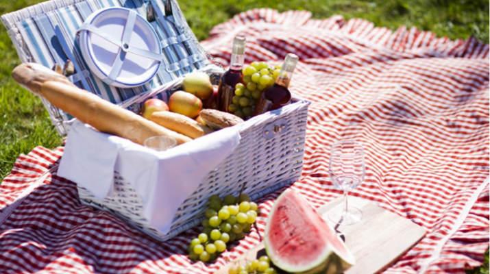 Корзина для пикника — это важный «гаджет» каждой хозяйки
