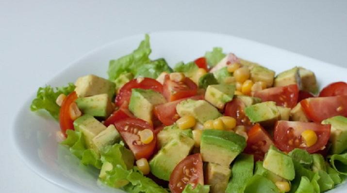 Салатики с соевым соусом