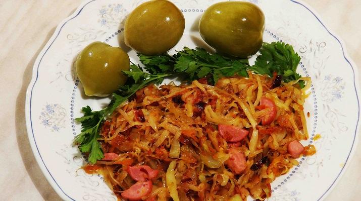 Жареная белокочанная капуста — вегетарианская версия