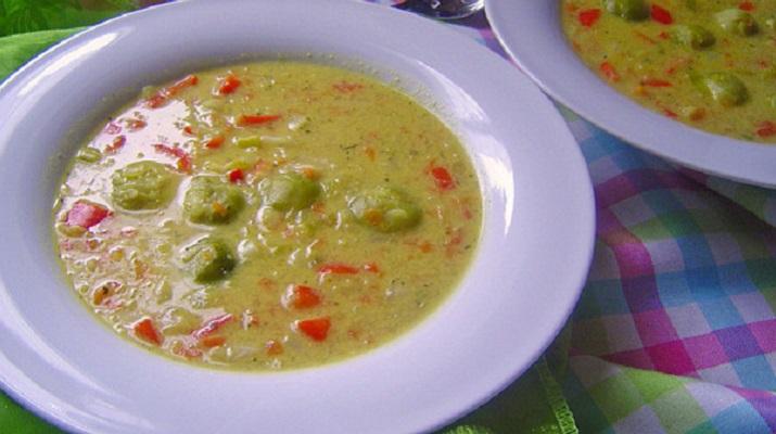 Вегетарианский суп из кокосового молока
