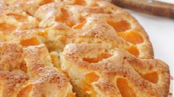 Пирог с мандаринами и карамелью