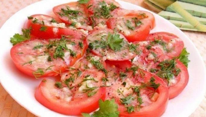 Салат «Кайфовый» из крабовых палочек