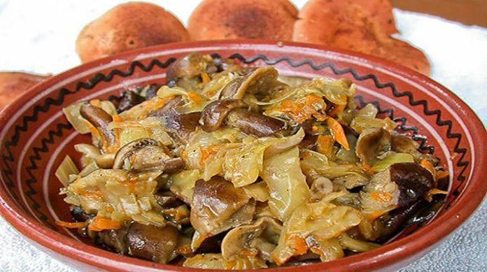 Запеченная капуста с грибами