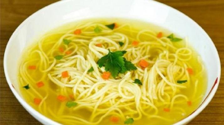 Суп с вермишелью: просто и очень вкусно
