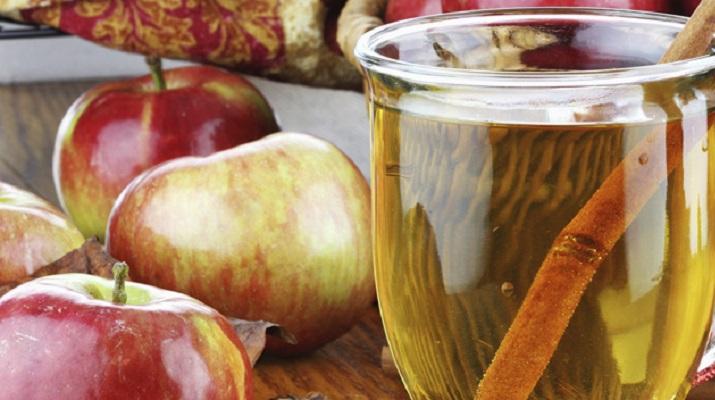 Лечение яблочным соком может заменить некоторые медикаментозные курсы