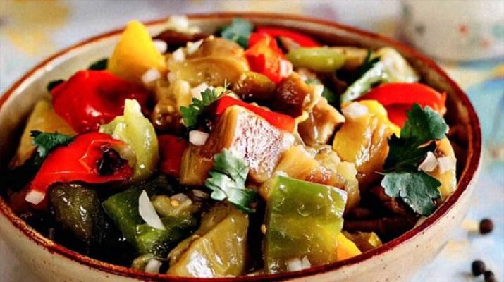 4 вариации салатов из баклажана