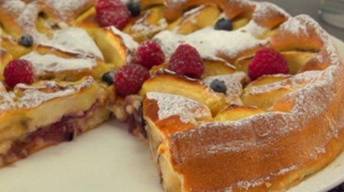 Яблочно-луковый пирог