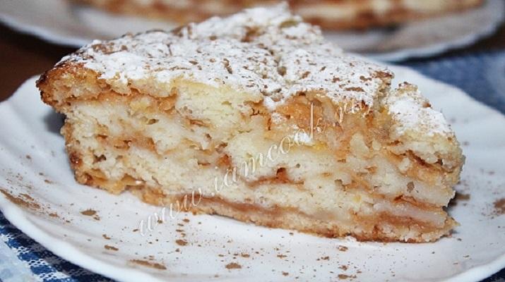 Невероятно простой яблочный пирог с насыпным тестом