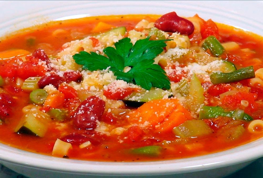 Вегетарианский диетический томатный суп