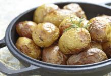Чесночная картошечка просто объедение!