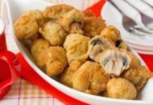 Картофельные гнезда с грибами в чесночно-сметанном соусе